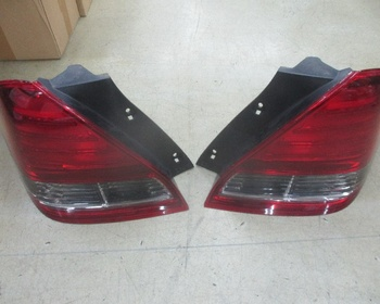 Honda - Odyssey (RB1) Genuine tail left and right set